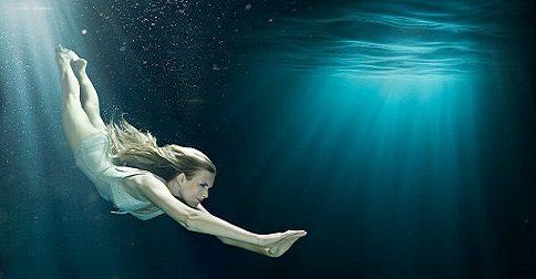 A Cura Através do Mergulho no Interior